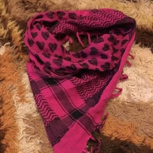 Hot pink heart scarf ❤️❤️❤️
